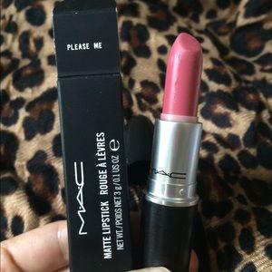 MAC Matte Lipstick in Please Me